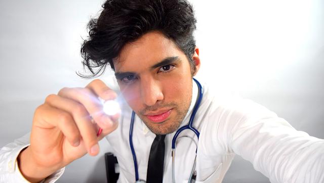 ASMR Doctor Roleplay Español - EXAMEN MEDICO / Remedio Para Tus Problemas de Salud ¿Qué es el ASMR?