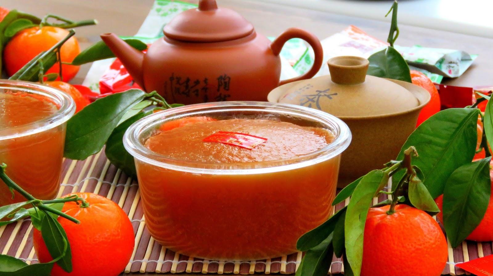 Nian Gao, (年糕, Nián gāo) - Glutinous Rice Cake