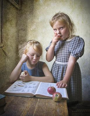 Дети любят приврать, что весьма огорчает родителей, которые, конечно, наказывают своих чад