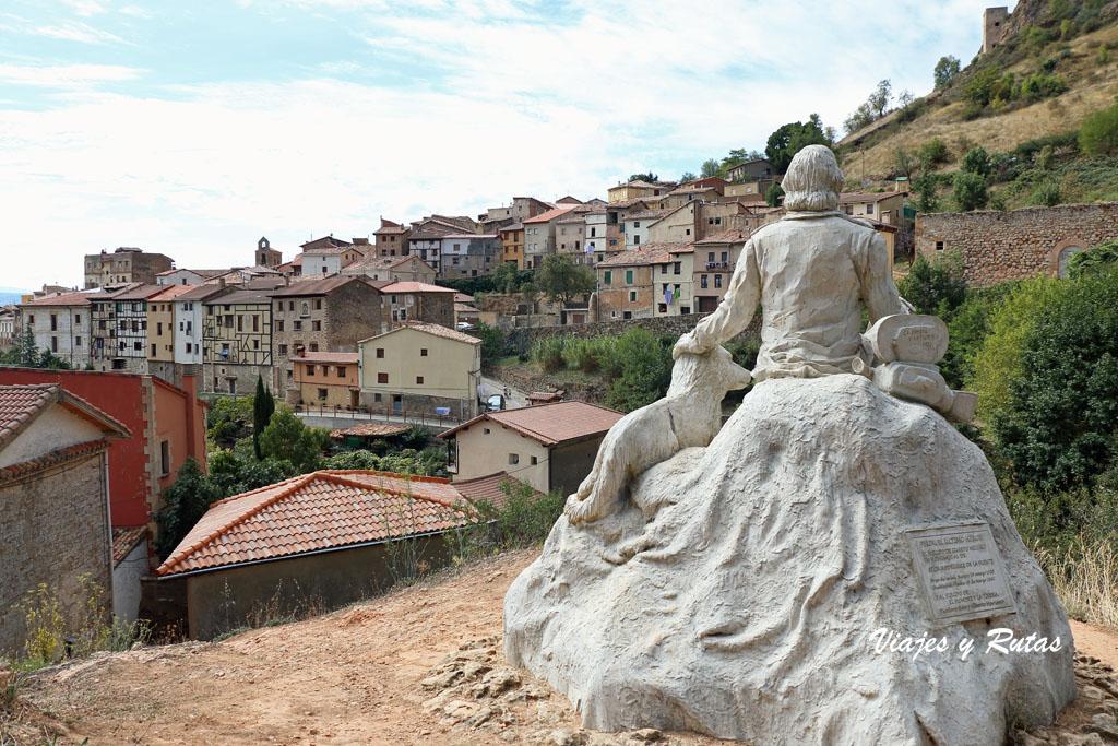Monumento Félix Rodríguez de la Fuente, Poza