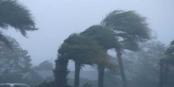 زخات رعدية ورياح قوية بهذه المناطق المغربية