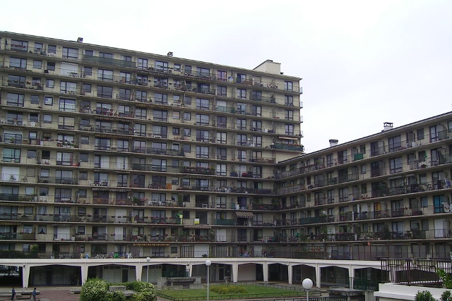 Rosny_sous_Bois_Immeubles_Place_Geneviève