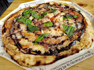 Emilia Pizzería
