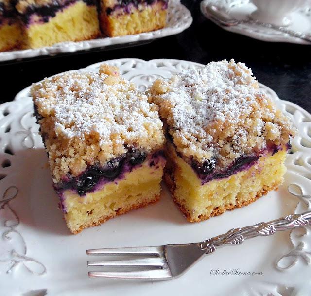 Ciasto Drożdżowe z Jagodami i Serem - Przepis - Słodka Strona