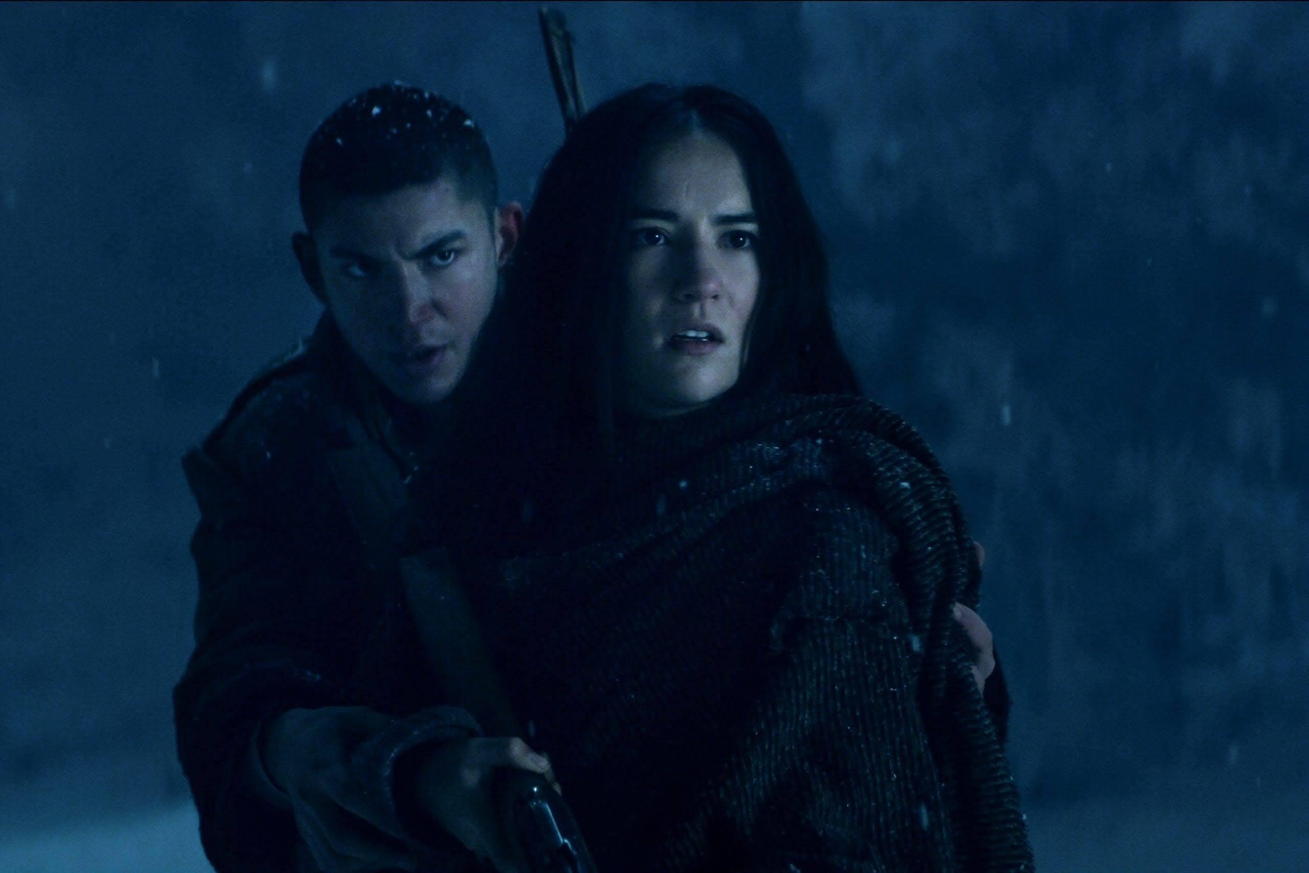 Shadow and Bone : Netflix の次の大ヒット作になりそうなベストセラー小説「魔法師グリーシャの騎士団」シリーズをドラマ化したファンタジー・アドベンチャーの超大作「シャドウ・アンド・ボーン」の見どころ満載の新しい予告編 ! !