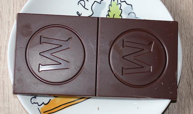 IMG 1825 - Snack Time! Magnum Signature Chocolate Classic