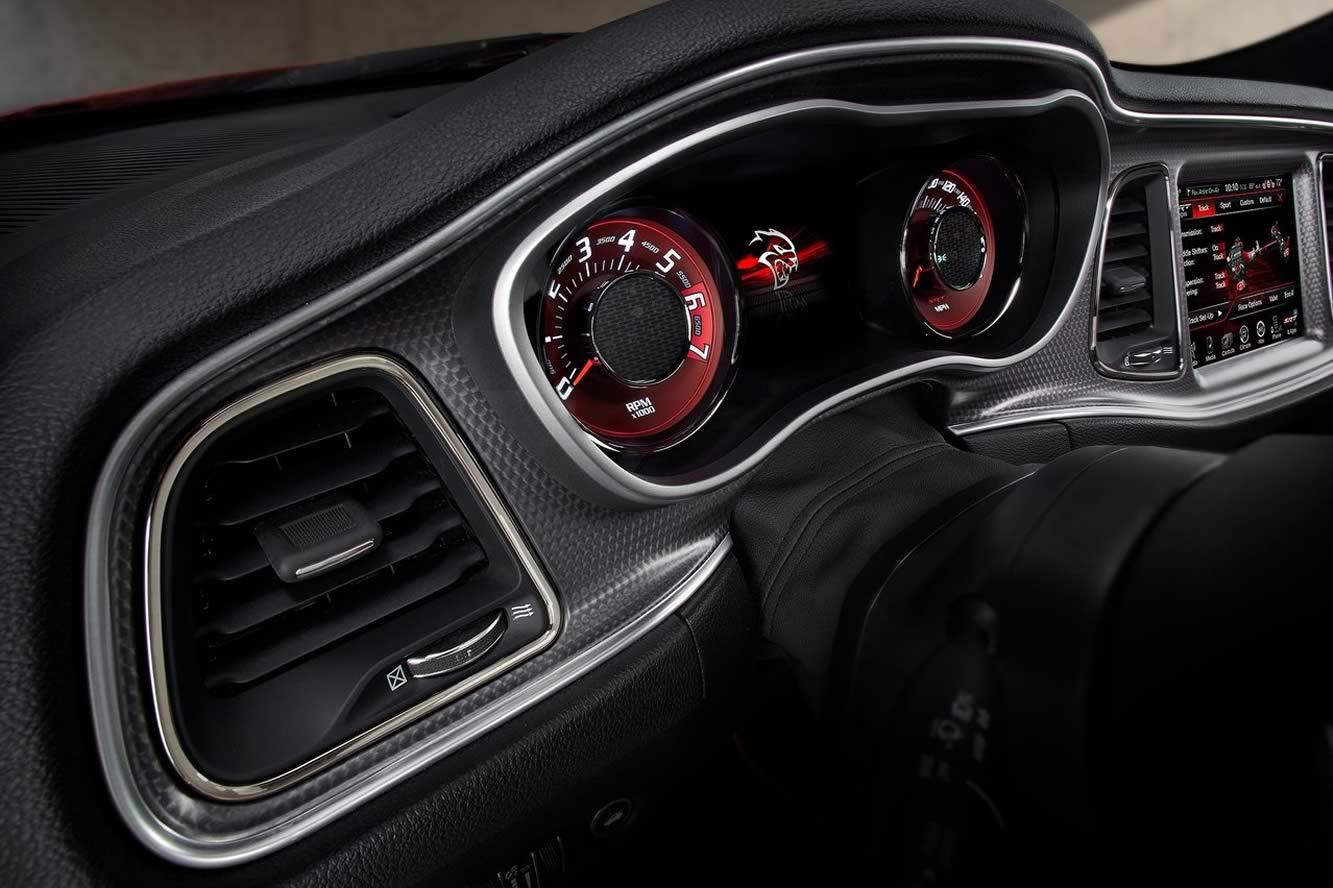 Dodge Challenger-SRT-Hellcat