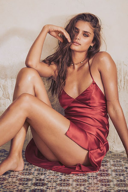 Taylor Marie Hill Hot Pics and Bio