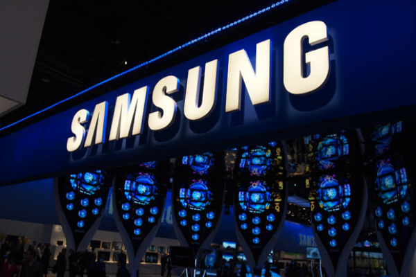 الكشف عن هاتف صدفي جديد لسامسونغ