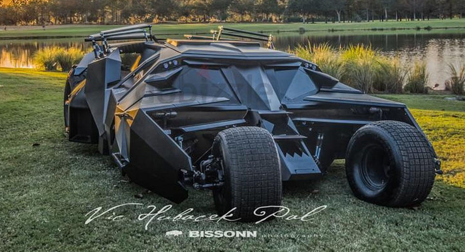 Movie Cars For Sale >> Batman S Tumbler And Justice League Batmobile Appear For
