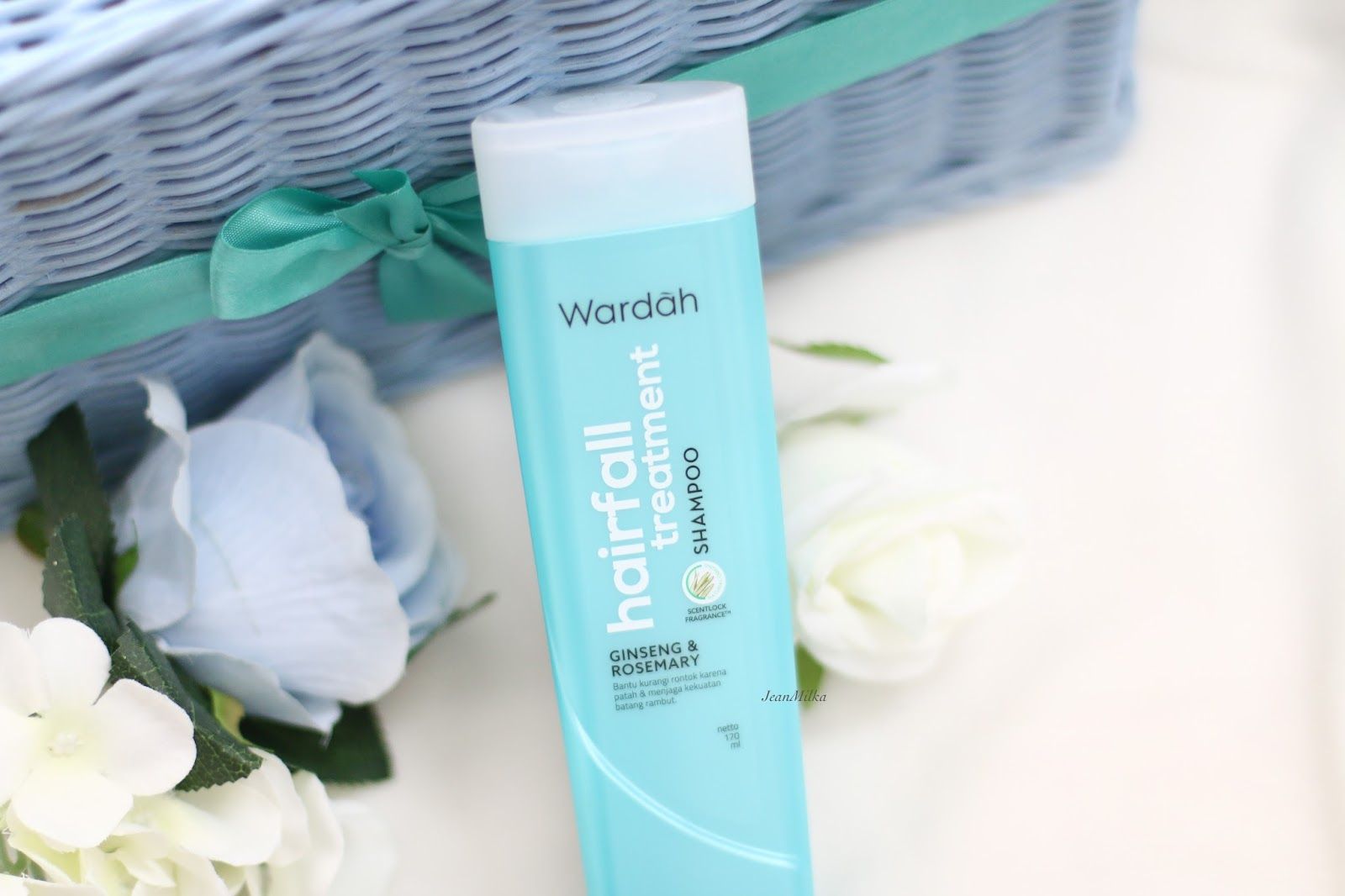 review, wardah, wardah shampoo, sampo wardah, sampo hijab, shampoo hijab, hijab, wardah beauty, wardah shampoo hairfall treatment