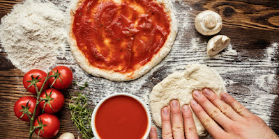 Pizza , the easy recipe for beginners