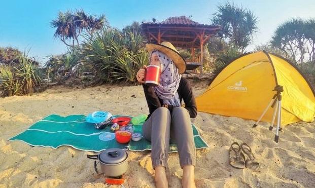 camping-di-pantai-watu-kodok