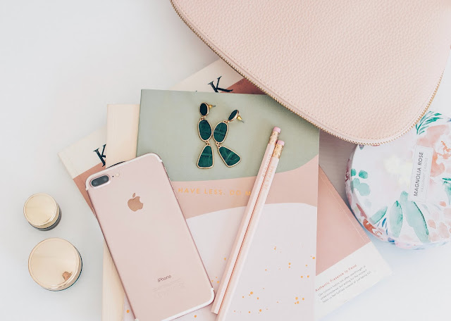 Rose gold and greendaccessories and gadgets (iPhpne, pencils, earrings, notebooks)