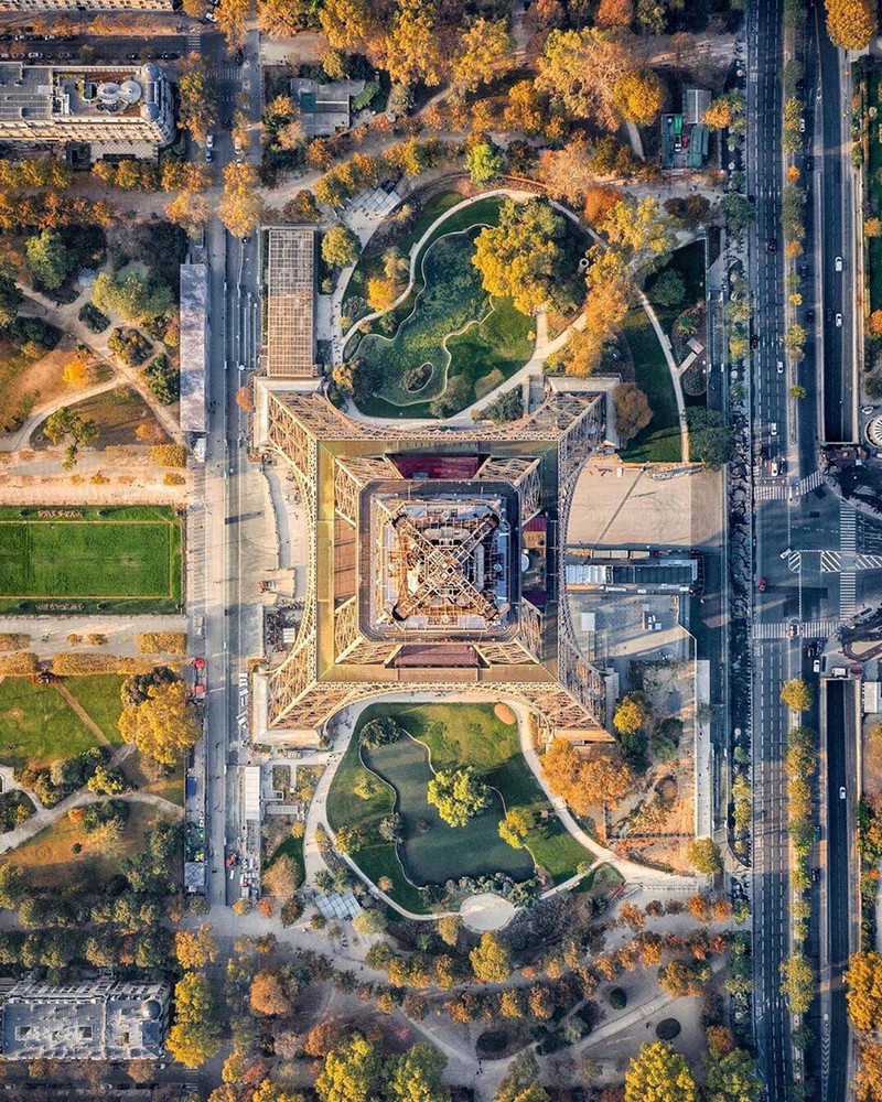 Paris. Photo of the Eiffel Tower. Top view