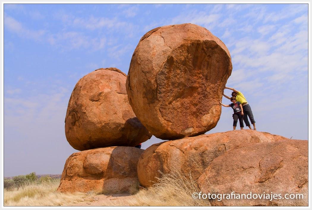 Devils Marbles en el outback australiano
