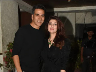 akshay-twinkle-come-to-donate