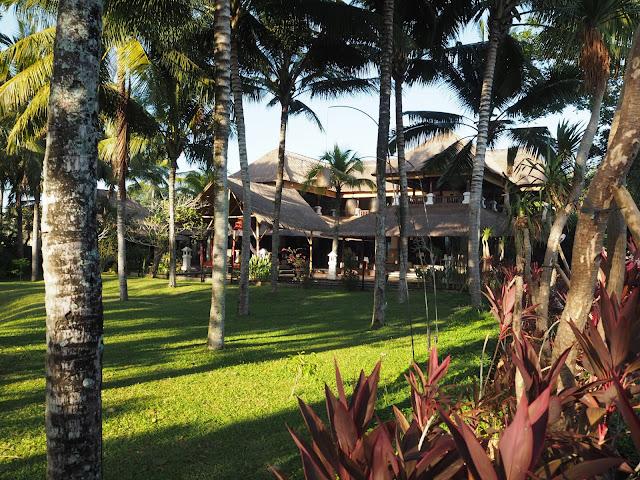 ubud village resort bali