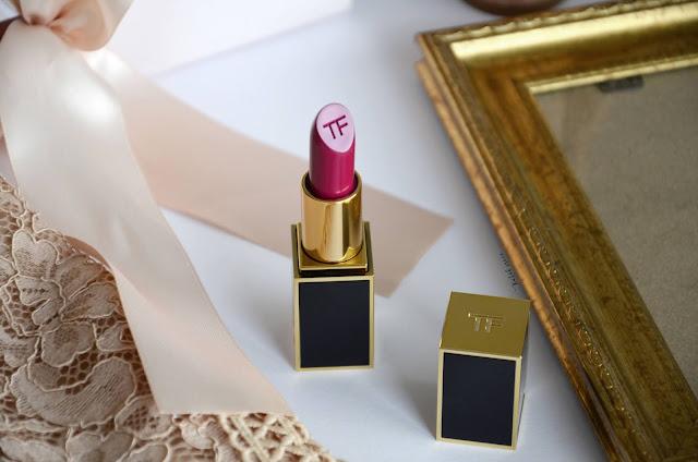 Kutak-srece--Lip-color-matte-lipstick-Tom-Ford-Notino-hr