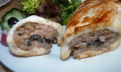 Filet faszerowany mięsem i oliwkami