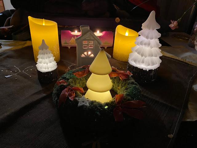 Výzdoba na stole - svíčky