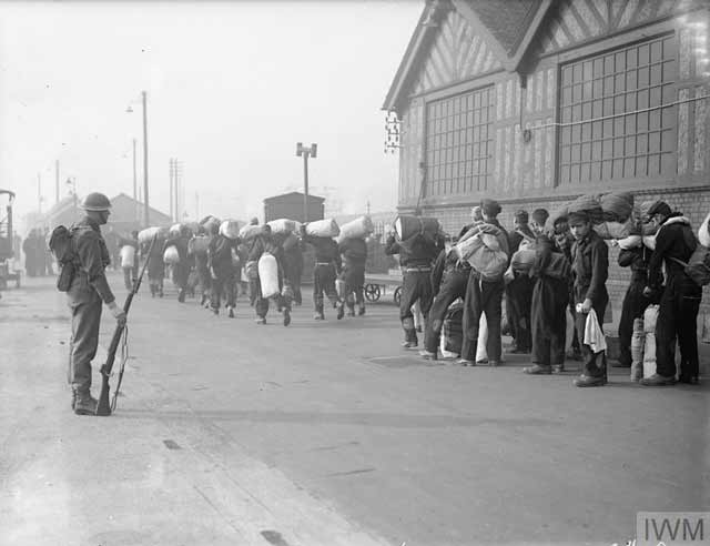 Italian POWs arriving in Great Britain, 16 April 1942 worldwartwo.filminspector.com