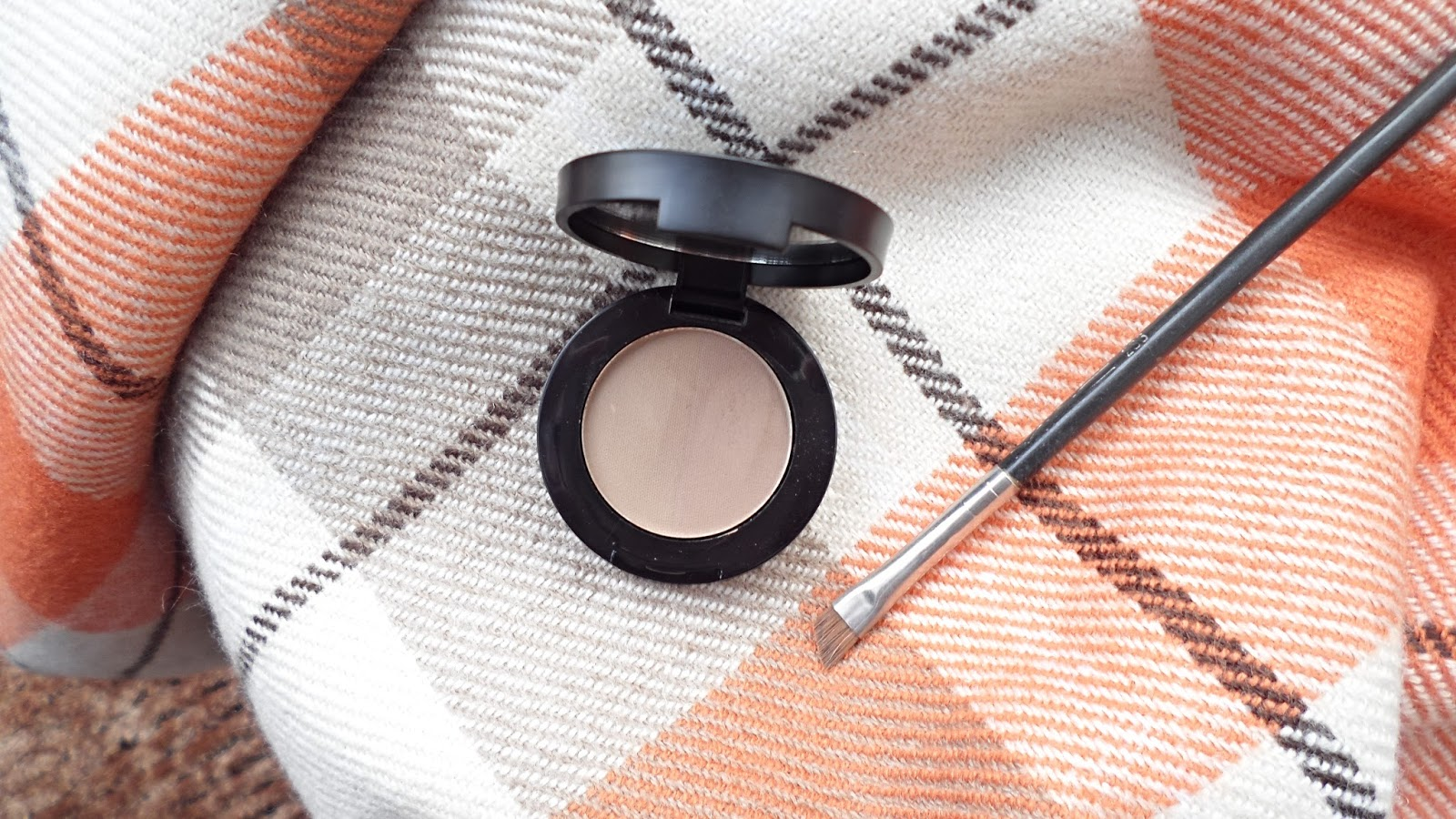 Freedom Duo Brow Powder Taupe Deliciously Floral