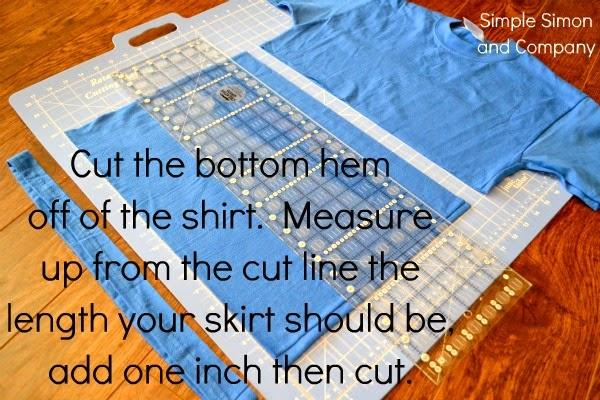 Hacer una falda de flecos infantil con 2 camisetas. Tutorial