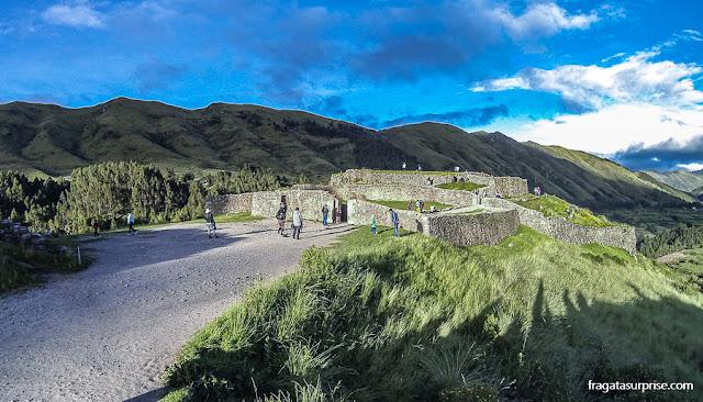 Sítio Arqueológico de Puka Pukará, Cusco, Peru