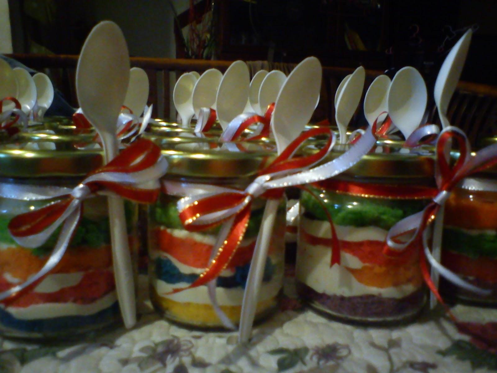 Resep Cake In Jar Rainbow: ISAURA KITCHEN: Rainbow Cake In A Jar