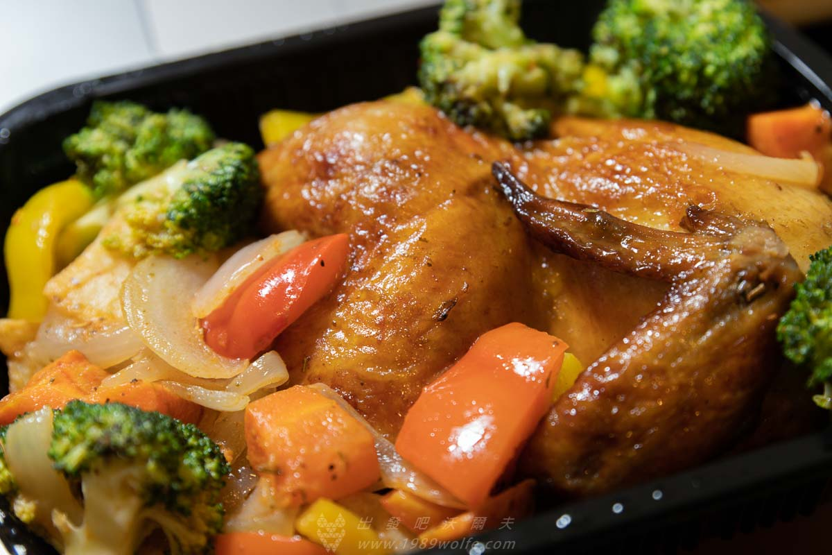 家樂福 紅藜蔬菜烤半雞