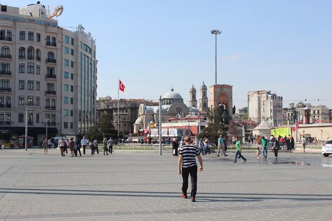 KUSRP Bonus: İstanbul'da Tuhaf Bir Gün