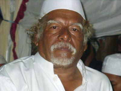 Biografi dan Karomah Al Habib Syechan bin Musthofa Al Bahar Wali yang Jadzab (Nyleneh)