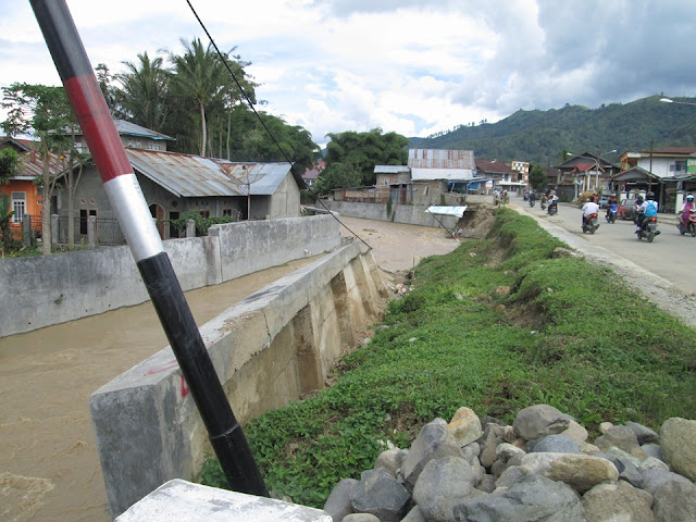 Ini Dia Penampakan Turab Roboh Di Dusun Empih Sumur Anyir Sungai Penuh