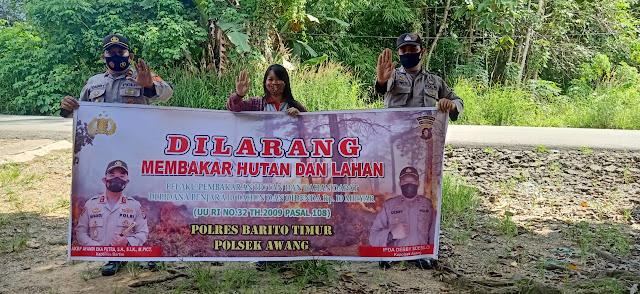 Polsek Awang Sosialisasikan terkait Karhutla kepada warga