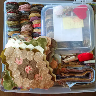 quilting project box: QuiltBee