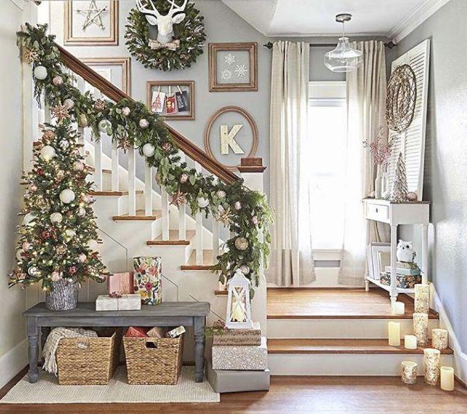 Ideas para decorar escaleras en Navidad