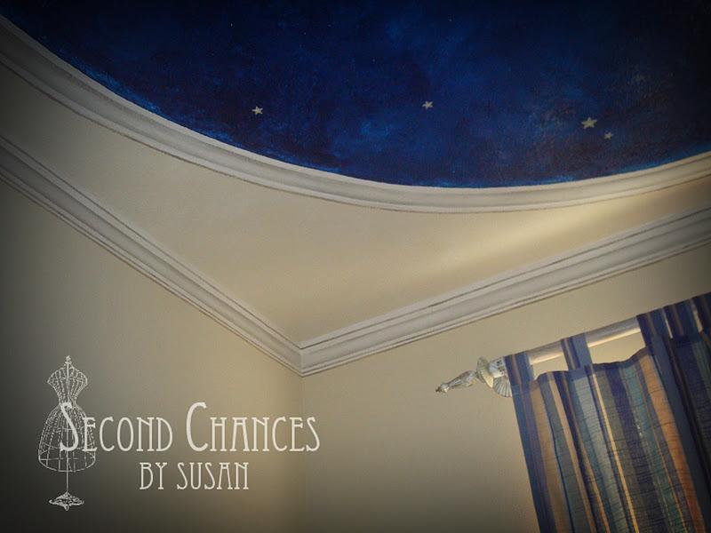 second chances by susan faux painted crown molding. Black Bedroom Furniture Sets. Home Design Ideas