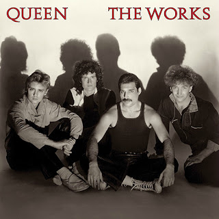 "Capa do Álbum ""The Works"" (1984), do Queen"