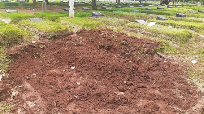 Terkuak! Alasan Kuburan Teroris di Mabes Polri Zakiah Aini Tanpa Nisan