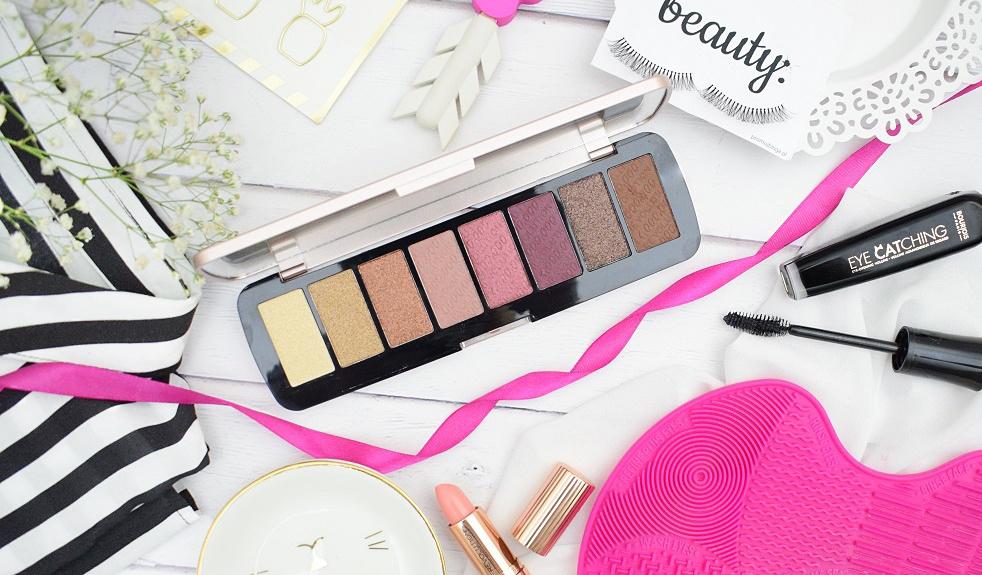 Nowosc Paleta Za Grosz ! Makeup Revolution  One Million Palette + Swatche