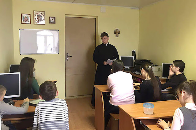 Школьникам - о значении трудов Церкви в деле просвещения русского народа