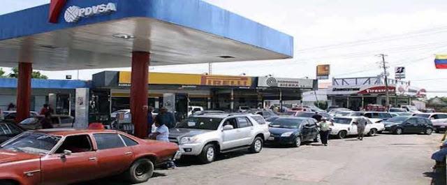 Censo de vehículos busca generar un nuevo caos para tener a la población haciendo cola
