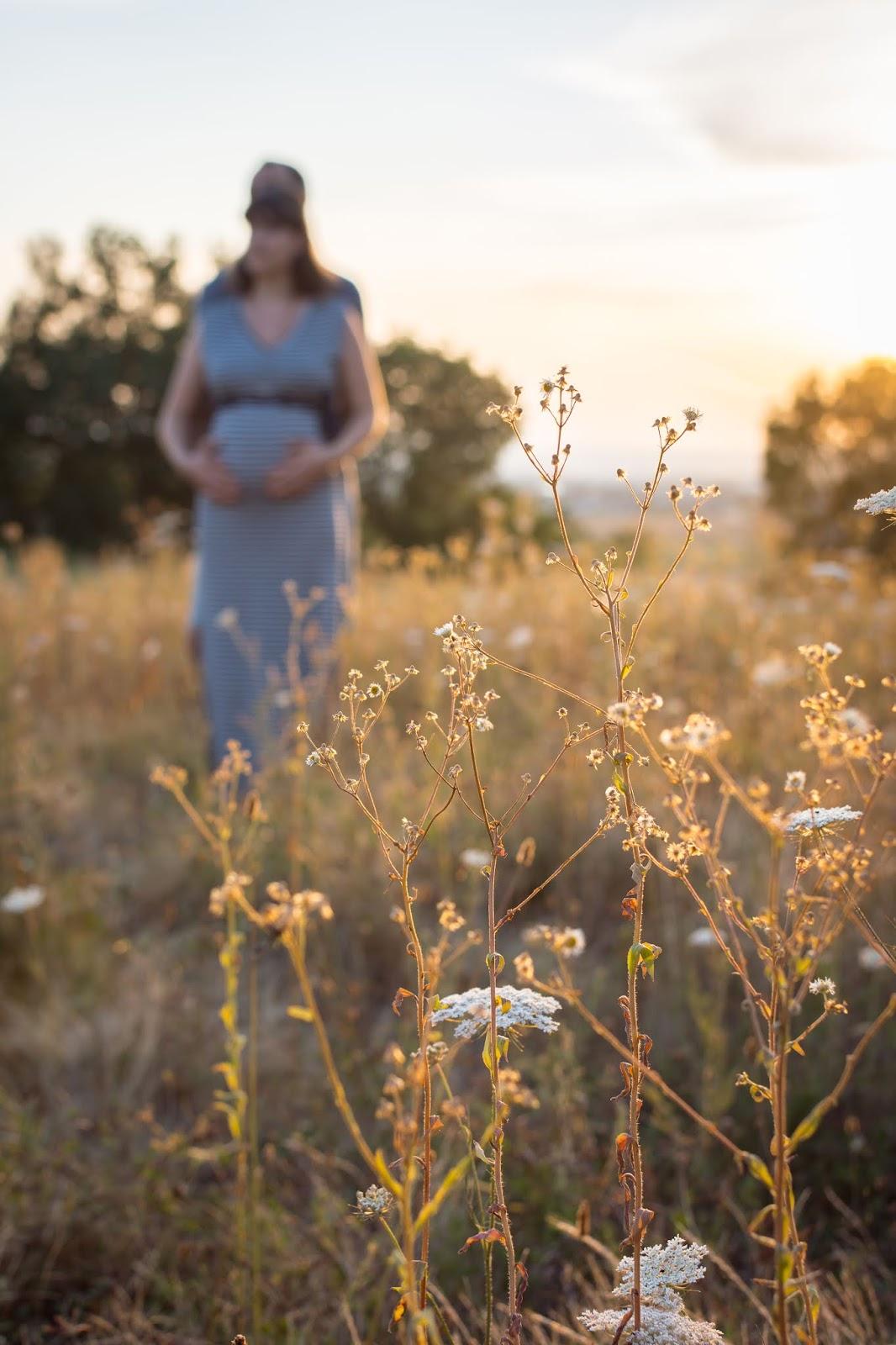 Seance photos de couple, romantique et champêtre, en région lyonnaise