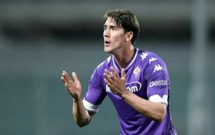 Arsenal and Tottenham could go head-to-head for Fiorentina's Dusan Vlahovic