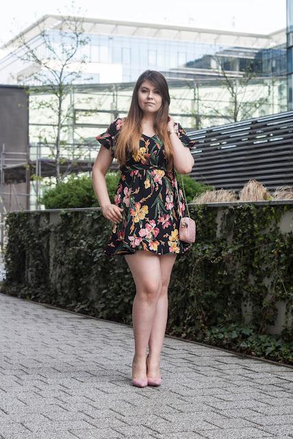 Stylizacja sukienka letnia
