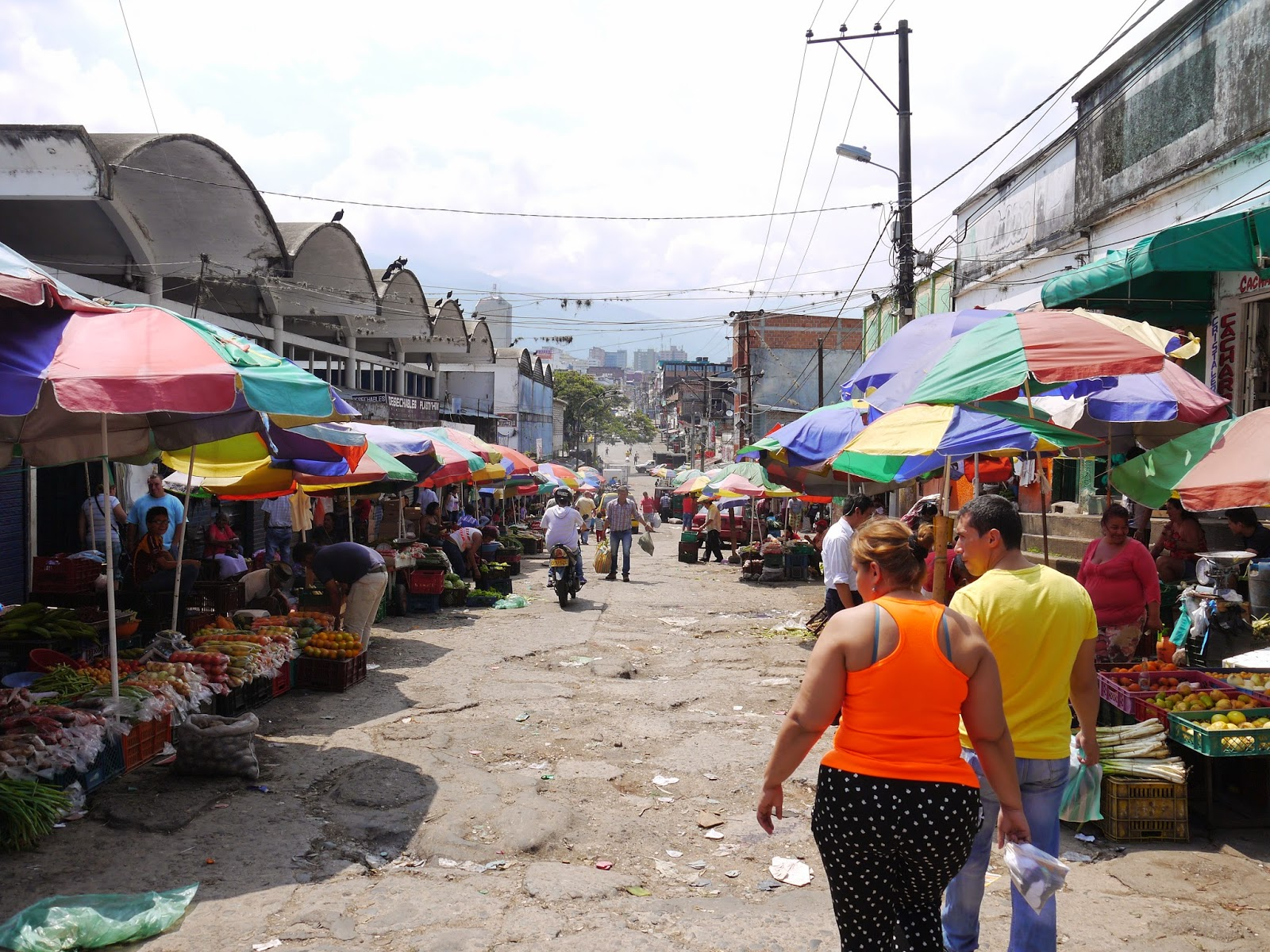 Plaza De Mercado La 21