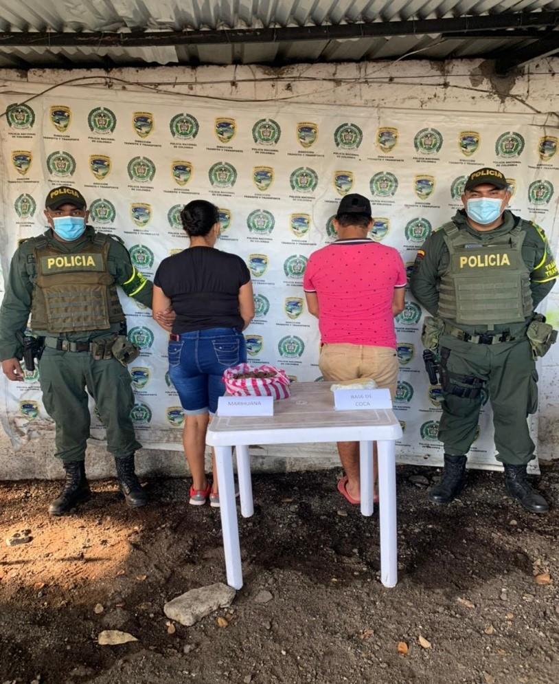 hoyennoticia.com, Pillados con una libra de base de coca y otra de marihuana