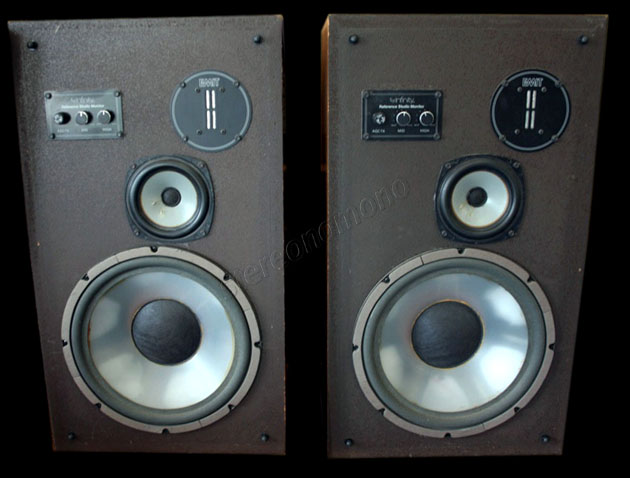 stereonomono hi fi compendium infinity reference studio monitor. Black Bedroom Furniture Sets. Home Design Ideas