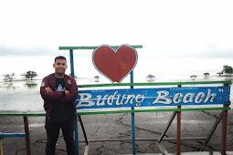 Di Pantai Budung, Rinduku Bersenandung